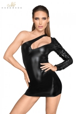 Mini robe asymétrique F199 : Robe courte asymétrique en faux cuir laqué et wetlook au décolleté fantaisie.